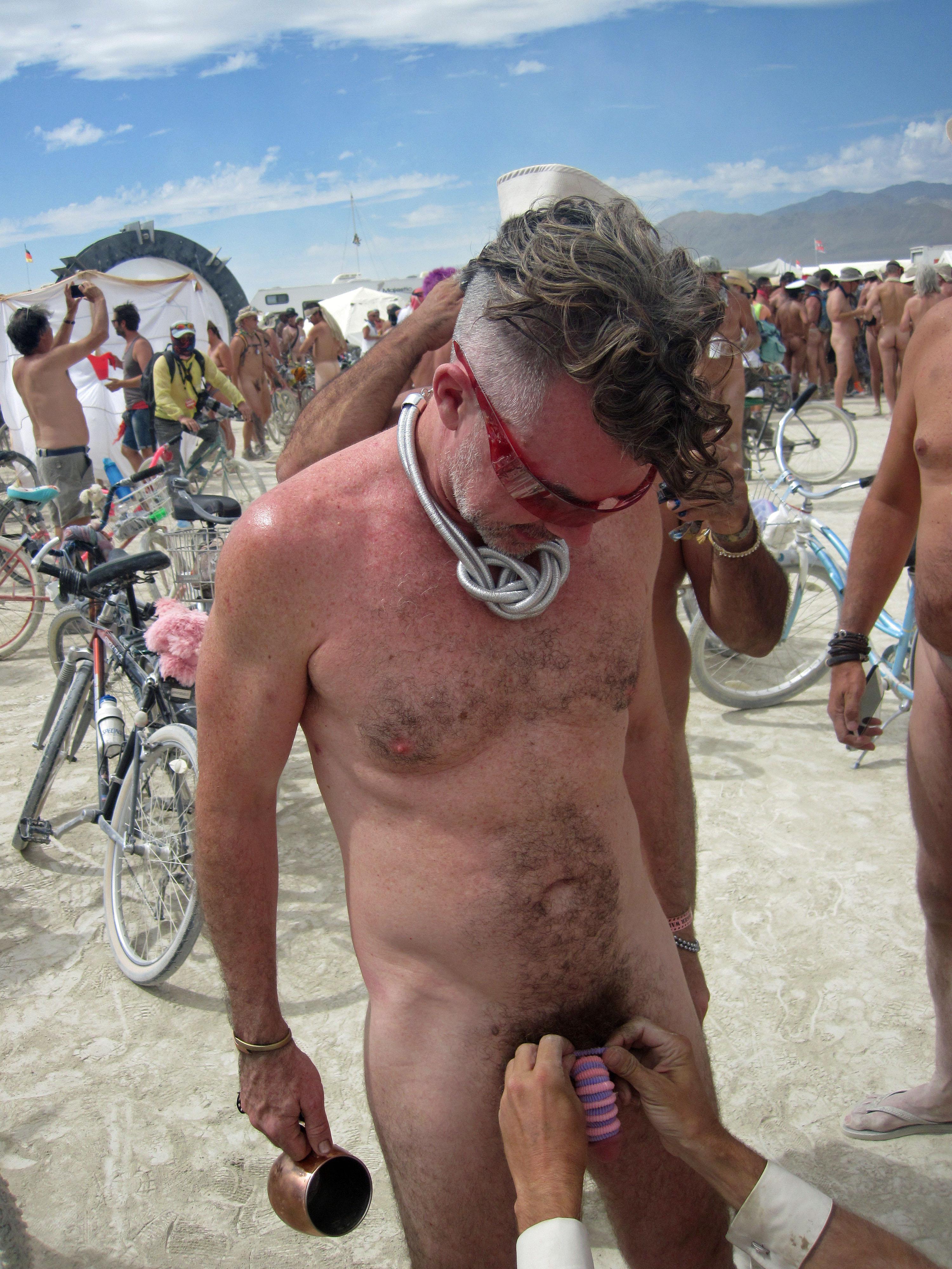 ipernity: Naked Pub Crawl - Burning Man 2016 (6975) - by ...